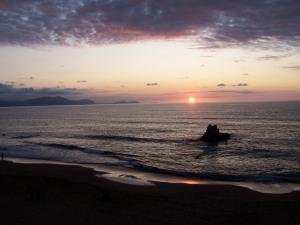Posta de sol a la platja d'Atxabiribil (Sopelana) / Puesta de sol en la playa de Atxabiribil (Sopelana)