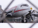 Avió a pista / Avión en pista