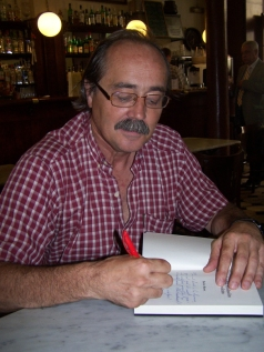 Xavier Moret, periodista i escriptor de viatges / Xavier Moret, periodista y escritor de viajes